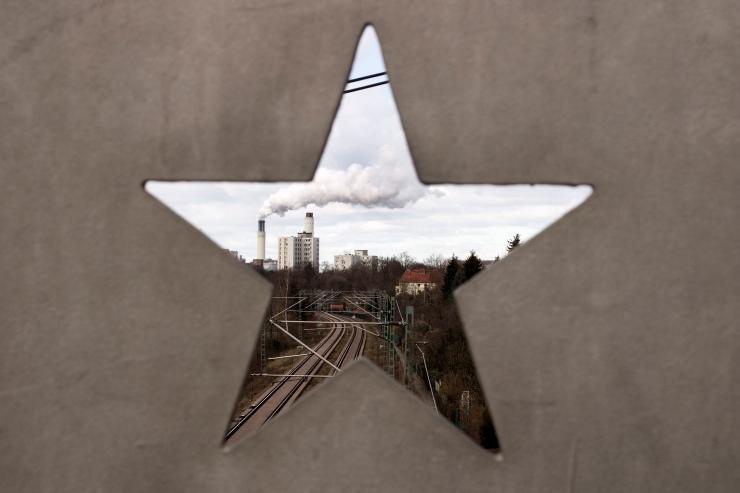 China-sxc-redzonk.jpg